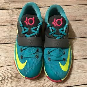 Nike Shoes - KD 7s & Matching Socks - Nike